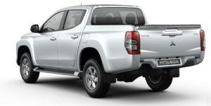 New Mitsubishi Triton L200 Facelift 2019 d-cab silver belakang
